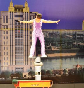Chinese Acrobats 5